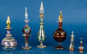 Sammlung von 6 versch. großen und kleinen Glasflakons des späten 20. Jhds., Höh