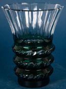"""Schwere Tischvase, dickwandiges, farbloses Kristallglas in """"Art-Deco"""" Manier, V"""