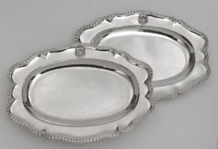 """Two oval platters from the so-called """"Bamberg Service"""" ATTENTION Lot 3-6 will be sold after lot 67"""