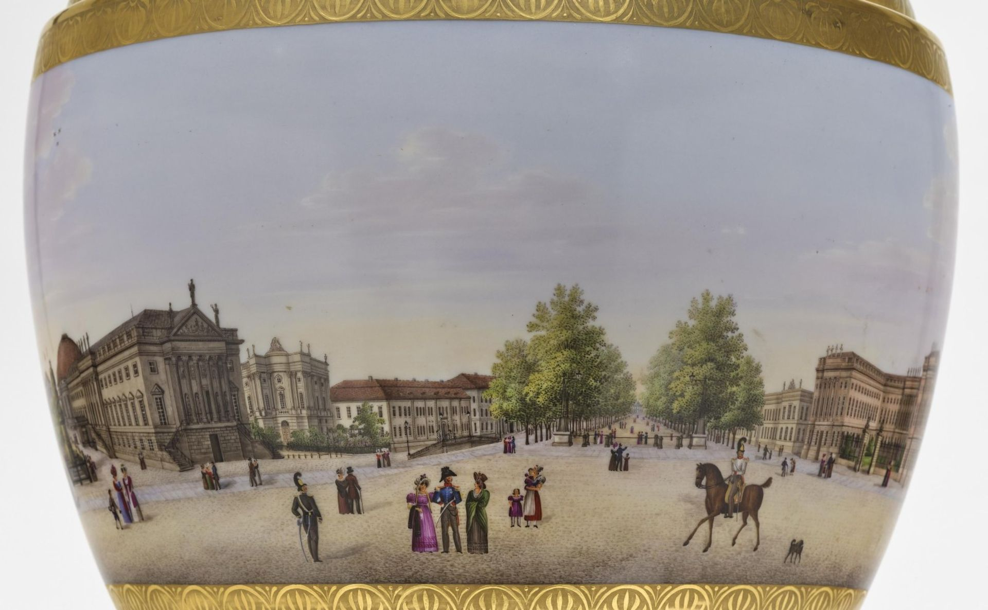 """A panoramic vase with a prospect of the street """"Unter den Linden"""" in Berlin - Bild 4 aus 10"""
