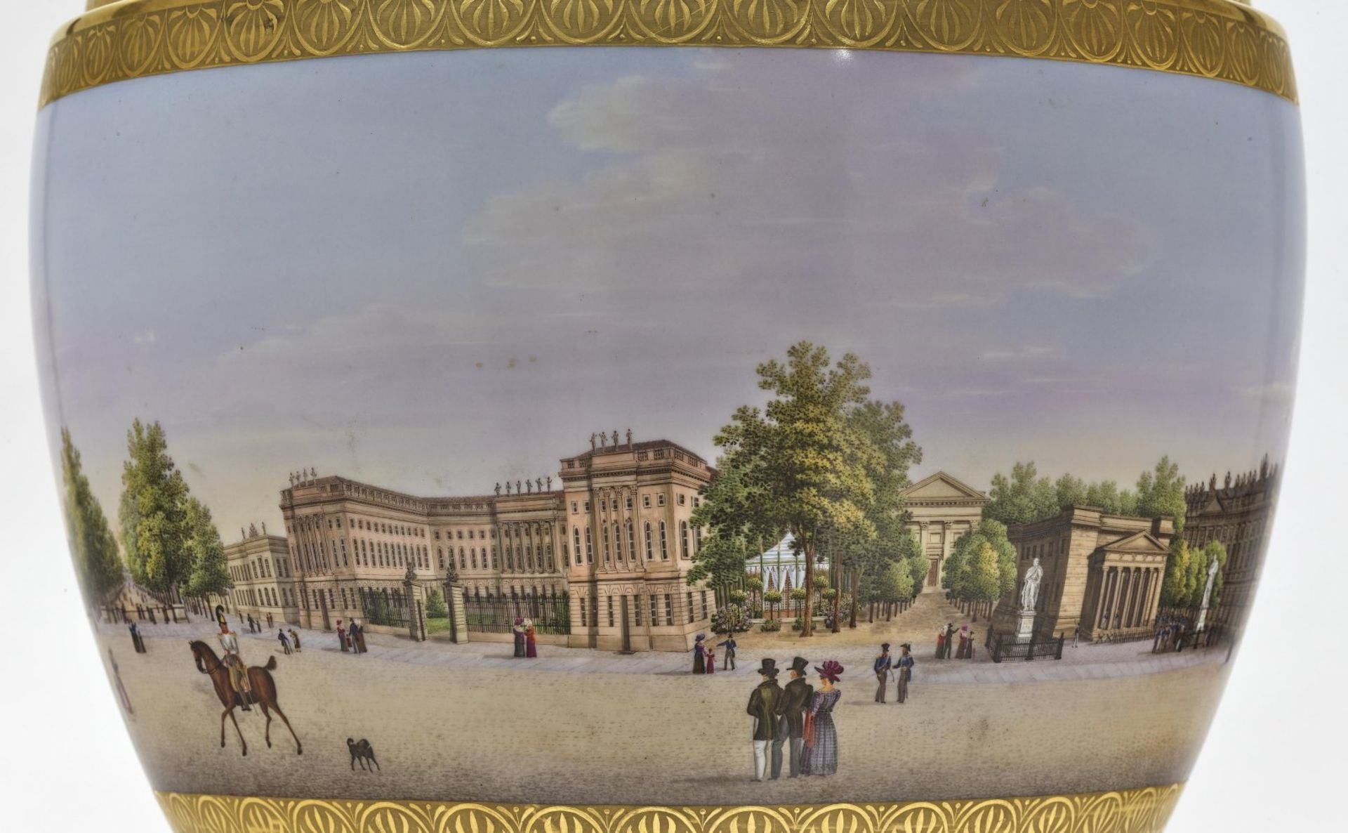 """A panoramic vase with a prospect of the street """"Unter den Linden"""" in Berlin - Bild 6 aus 10"""