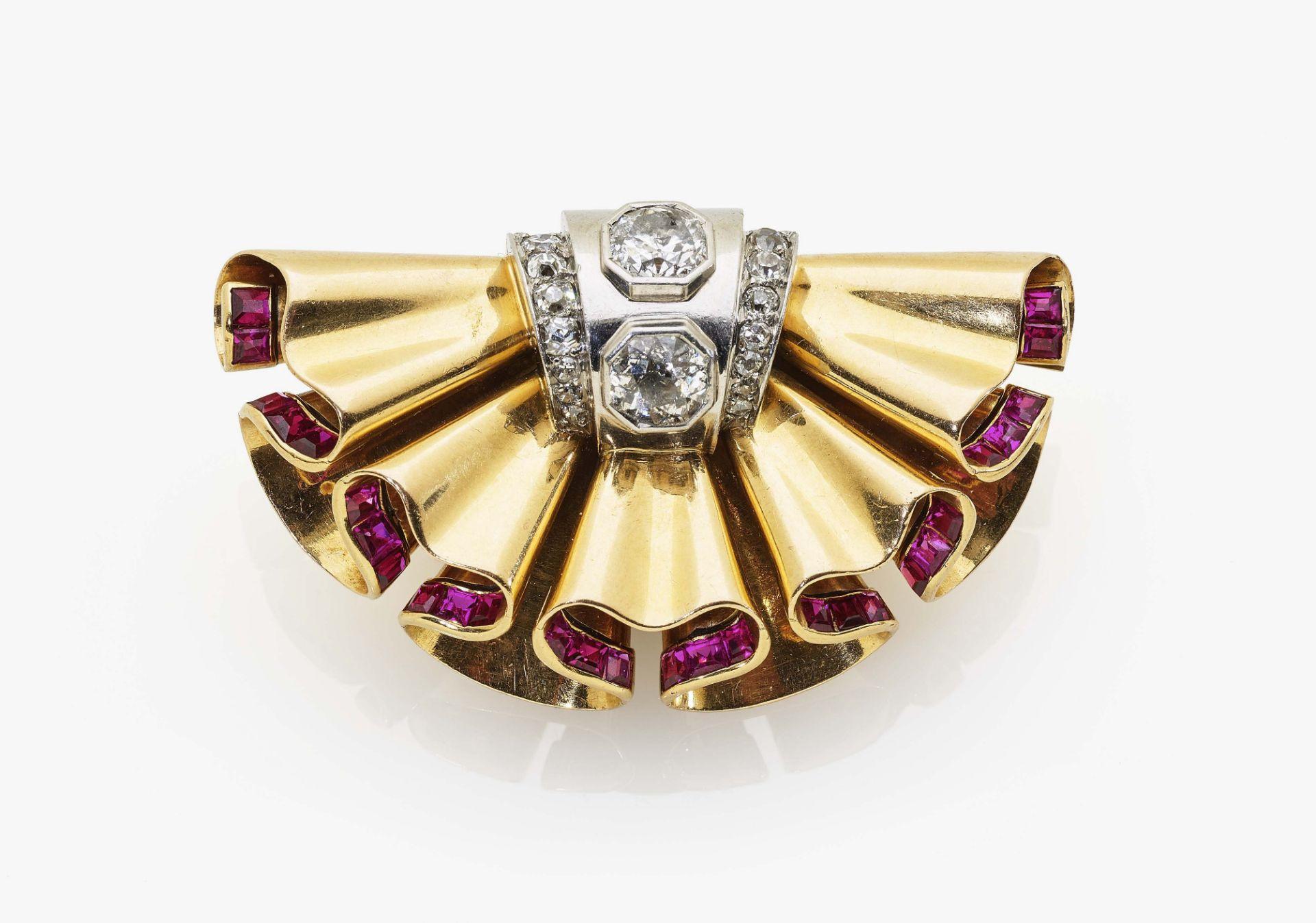 Historischer Broschenclip mit Diamanten und Rubinen