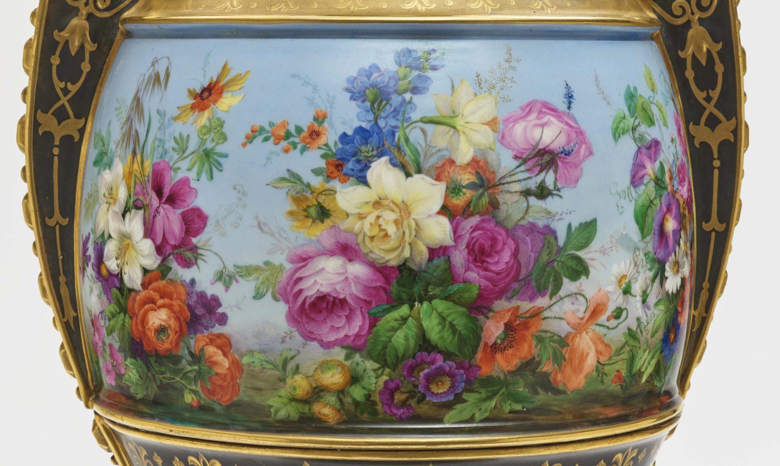 "Dreiteiliger ""Persischer"" Vasensatz mit ""fleurs en terrasse""-Dekor - Image 12 of 15"