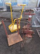HYDRAULIC BARREL LIFT AND