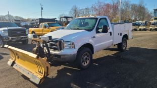 2006 Ford F350 Utility Truck With Plow