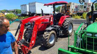 2017 Massey Ferguson 4607 Tractor