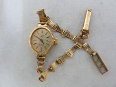 A ladies 9ct gold Everite Quartz wristwatch, 7.3 grms approx