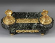 AN 'EMPIRE STYLE' INKWELL IN GILT BRONZE, 19TH CENTURY