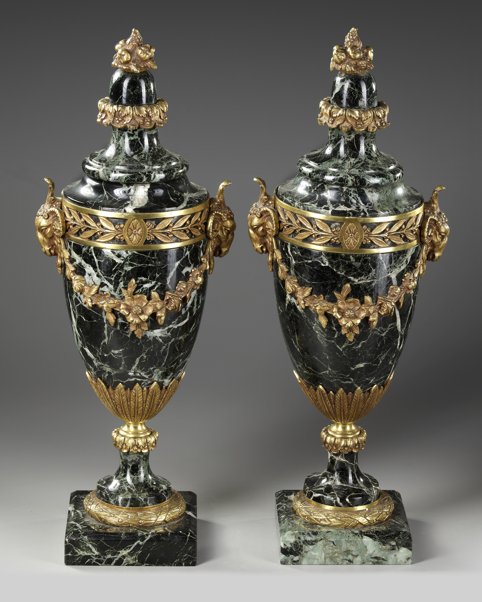 A PAIR OF MARBLE CASSOLETTES, FRANCE, 19TH CENTURY - Image 3 of 3