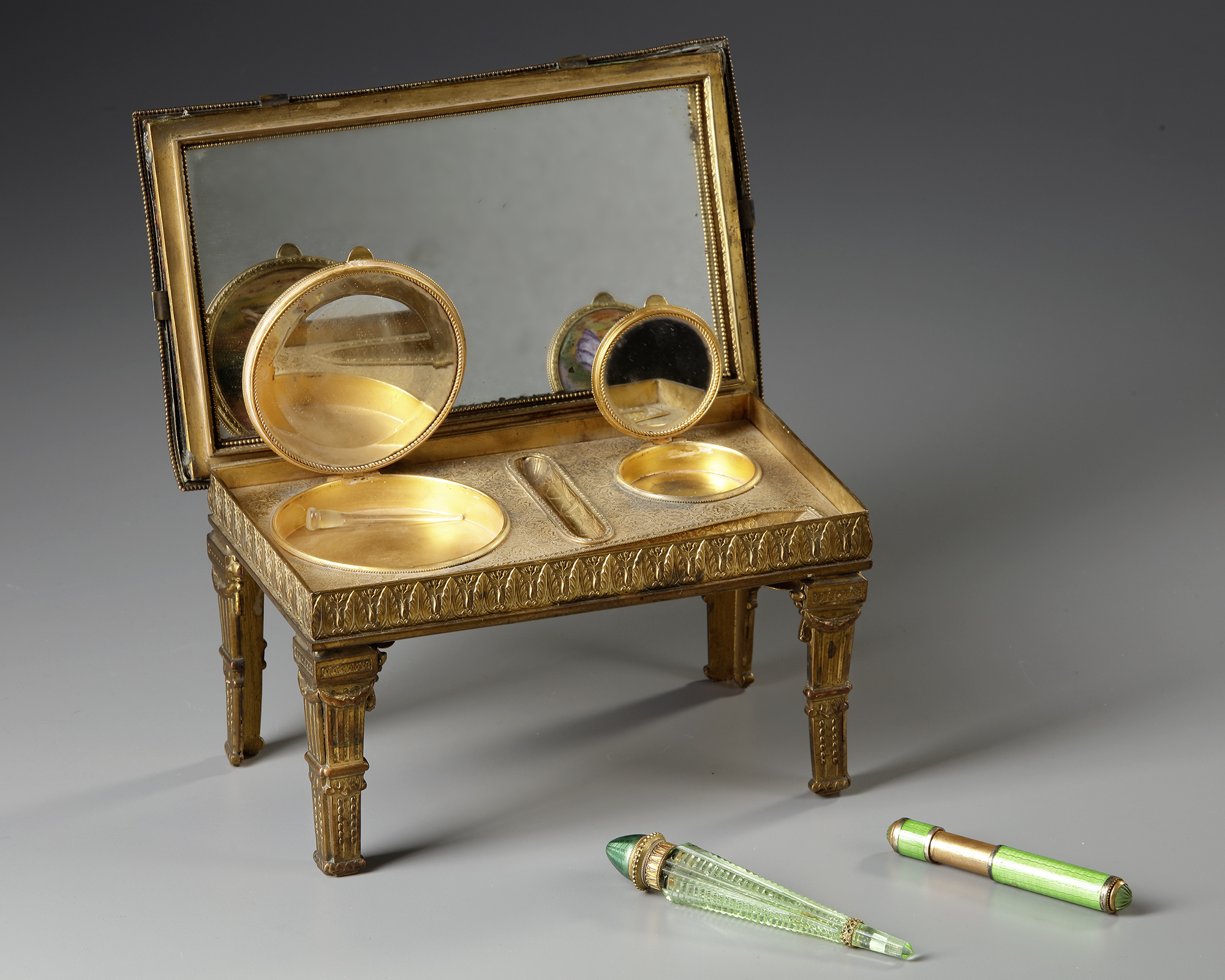 AN AUSTRIAN ENAMEL MINIATURE TABLE WITH PERFUME VIAL, LATE 19TH CENTURY - Image 4 of 5