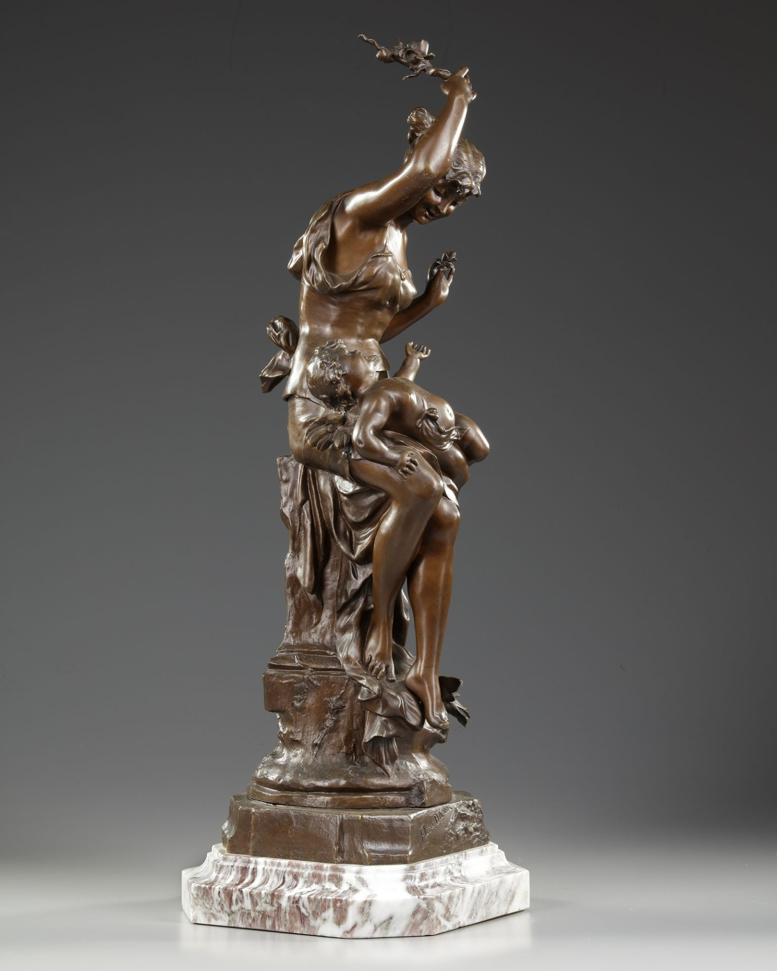 A BRONZE STATUE, AUGUSTE DEWEVER, LATE 19TH CENTURY - Image 3 of 5