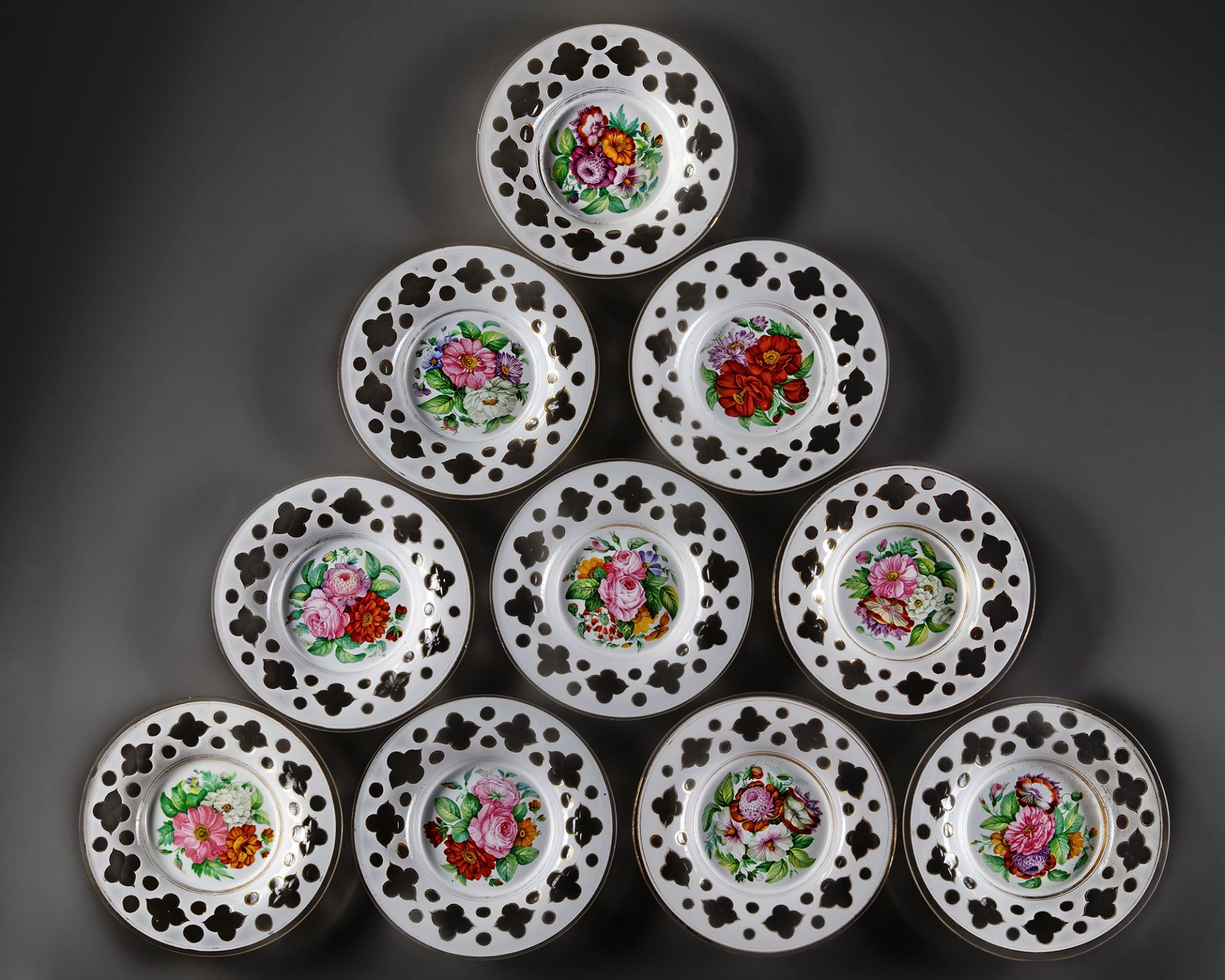 A FRENCH SET OF OPALINE PLATES, 19TH CENTURY