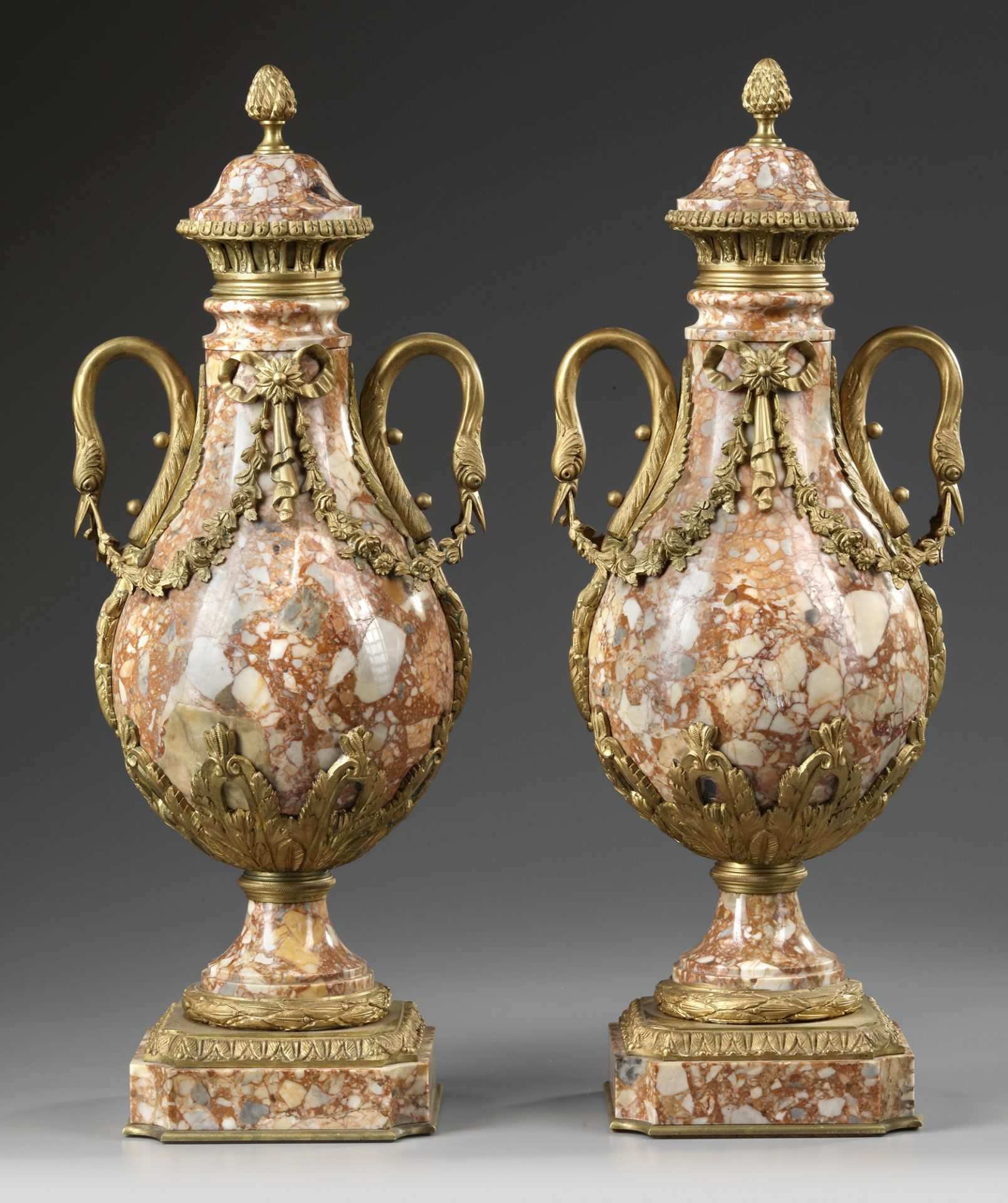 A PAIR OF MARBLE CASSOLETTES, FRANCE 19TH CENTURY - Image 3 of 3