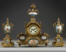 A FRENCH CLOCK SET, 19TH CENTURY