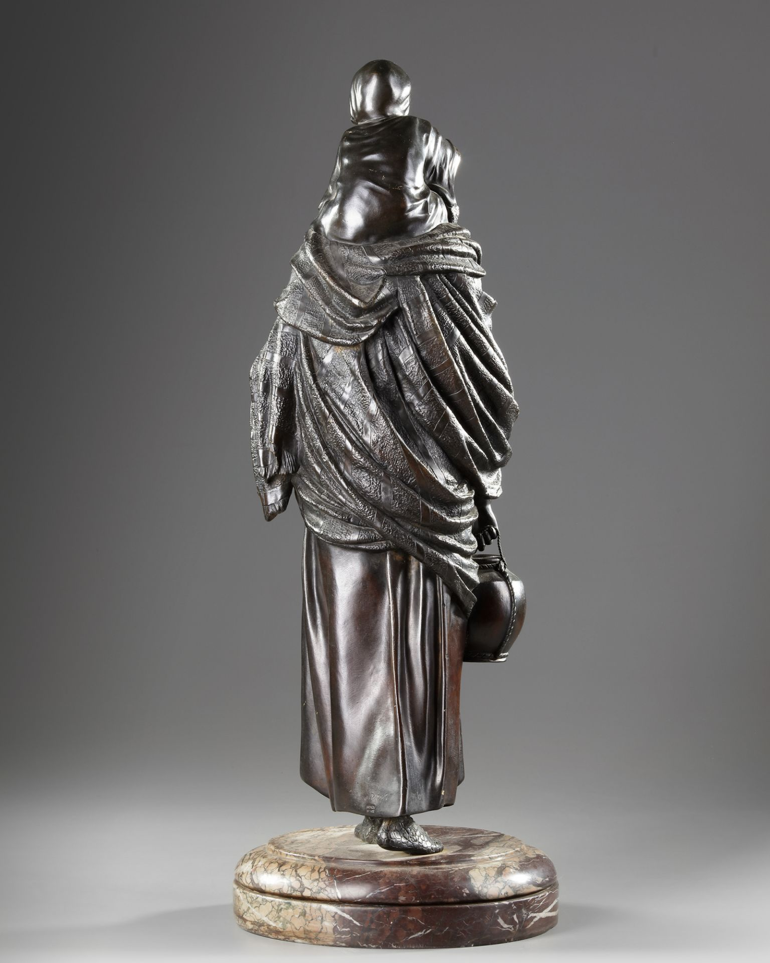 A BRONZE STATUE OF A LADY, DEMETRE CHIPARUS, 20TH CENTURY - Image 4 of 5