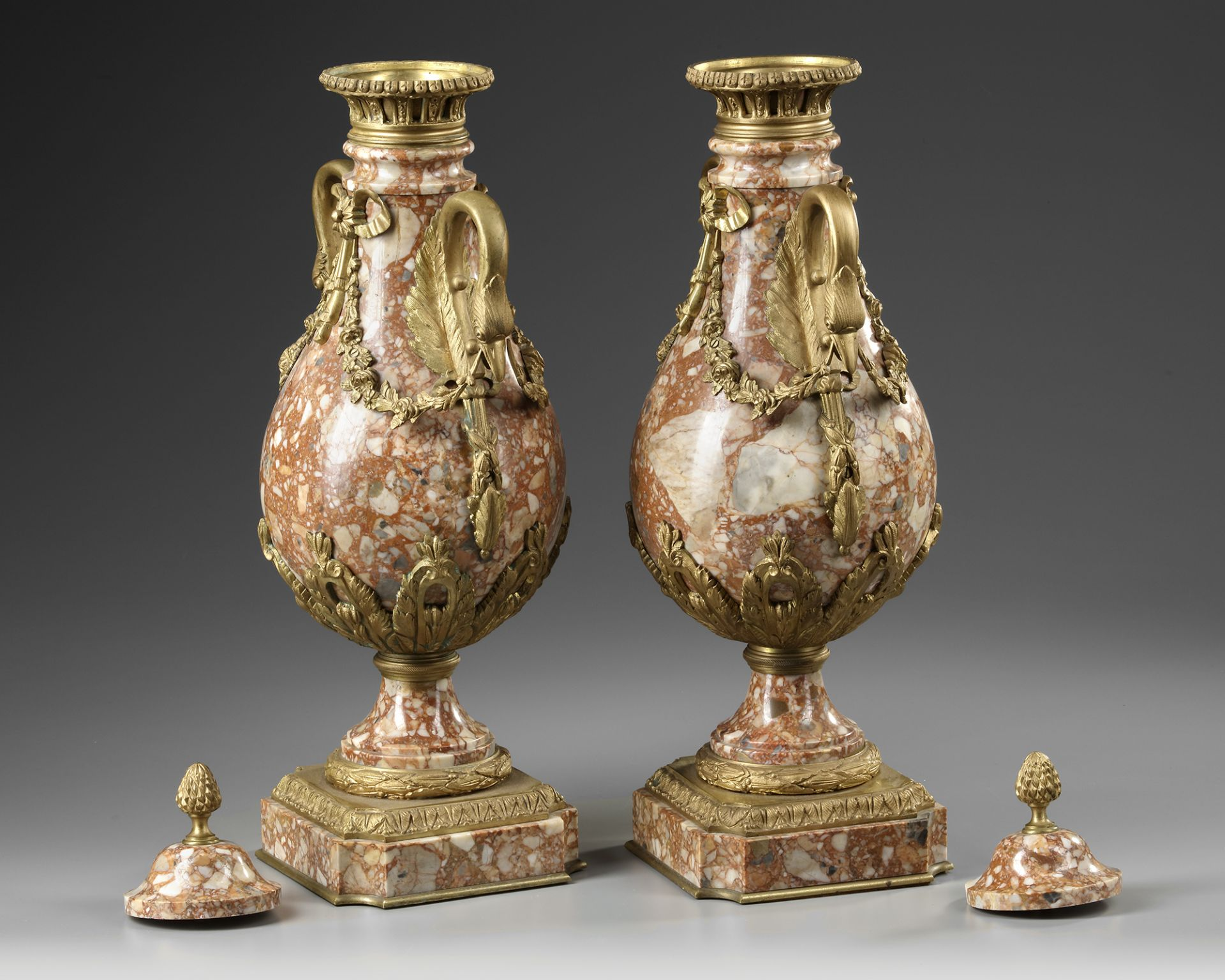 A PAIR OF MARBLE CASSOLETTES, FRANCE 19TH CENTURY - Image 2 of 3
