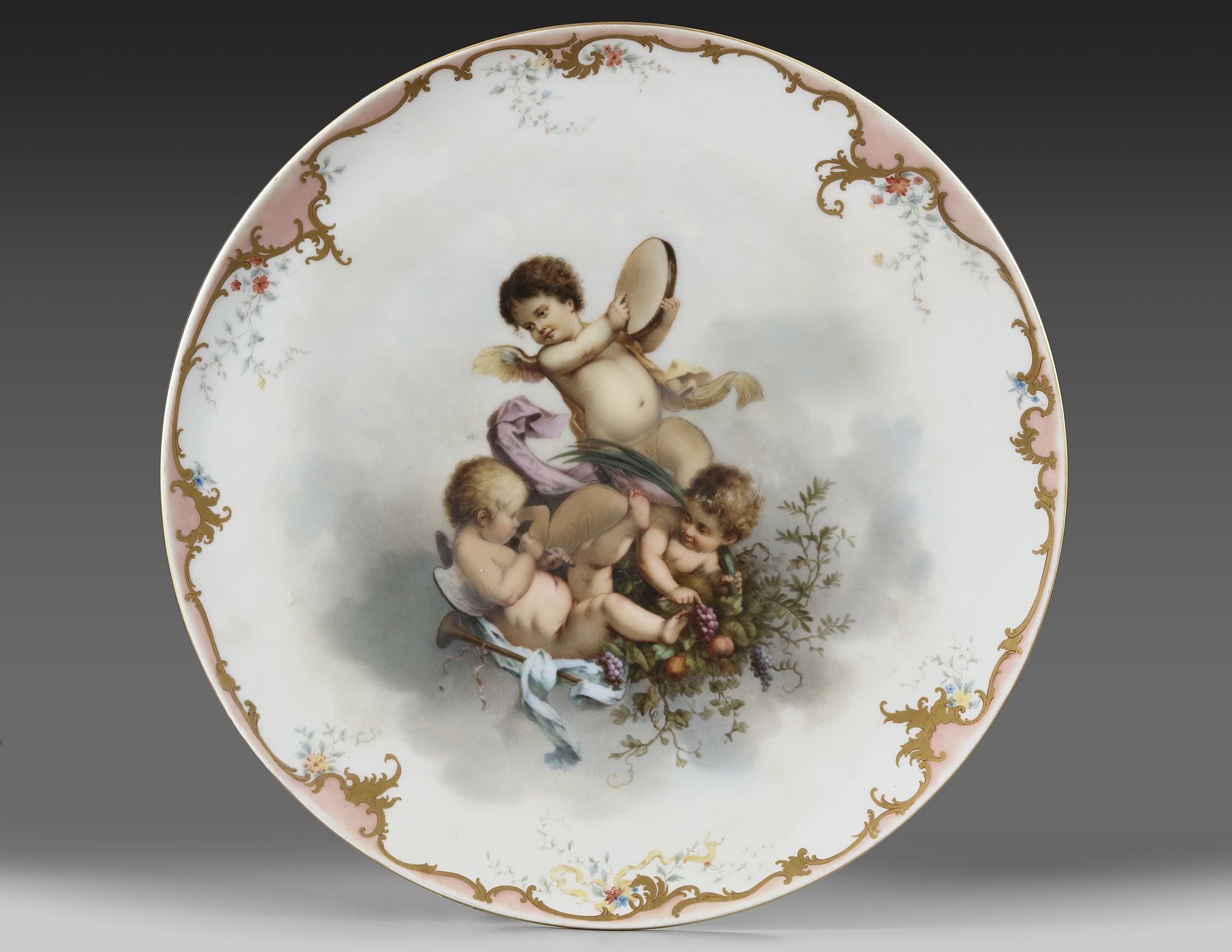 A FRENCH PORCELAIN PLATE, LATE 19TH CENTURY