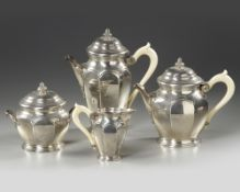 A FRENCH SILVER TEA AND COFFEE SET, 19TH CENTURY