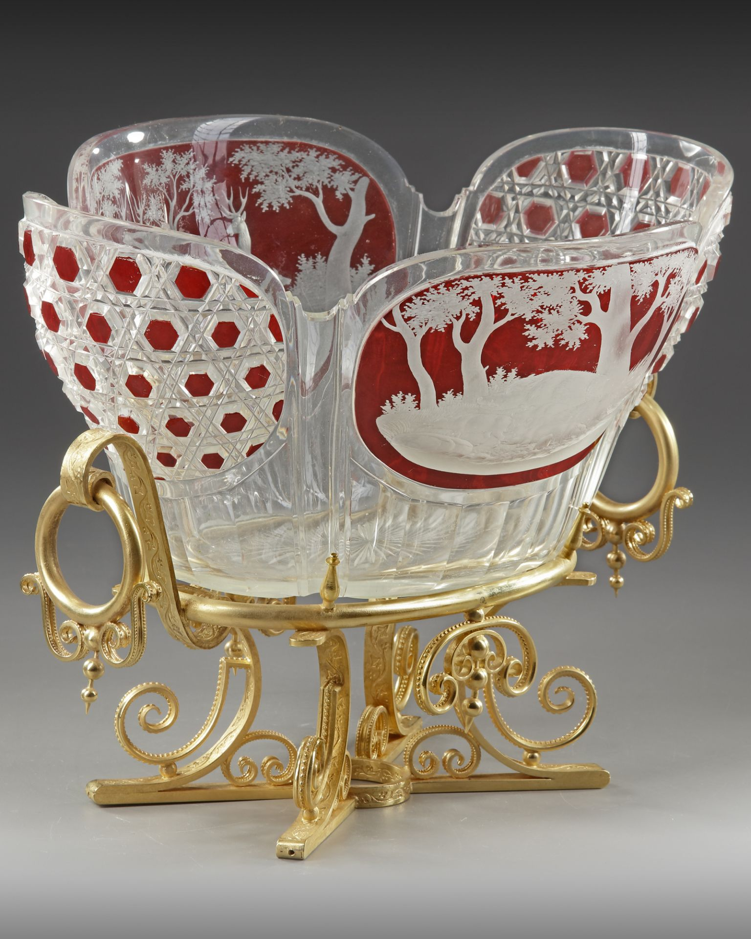 A CRYSTAL CUP, LATE 19TH CENTURY - Image 3 of 5