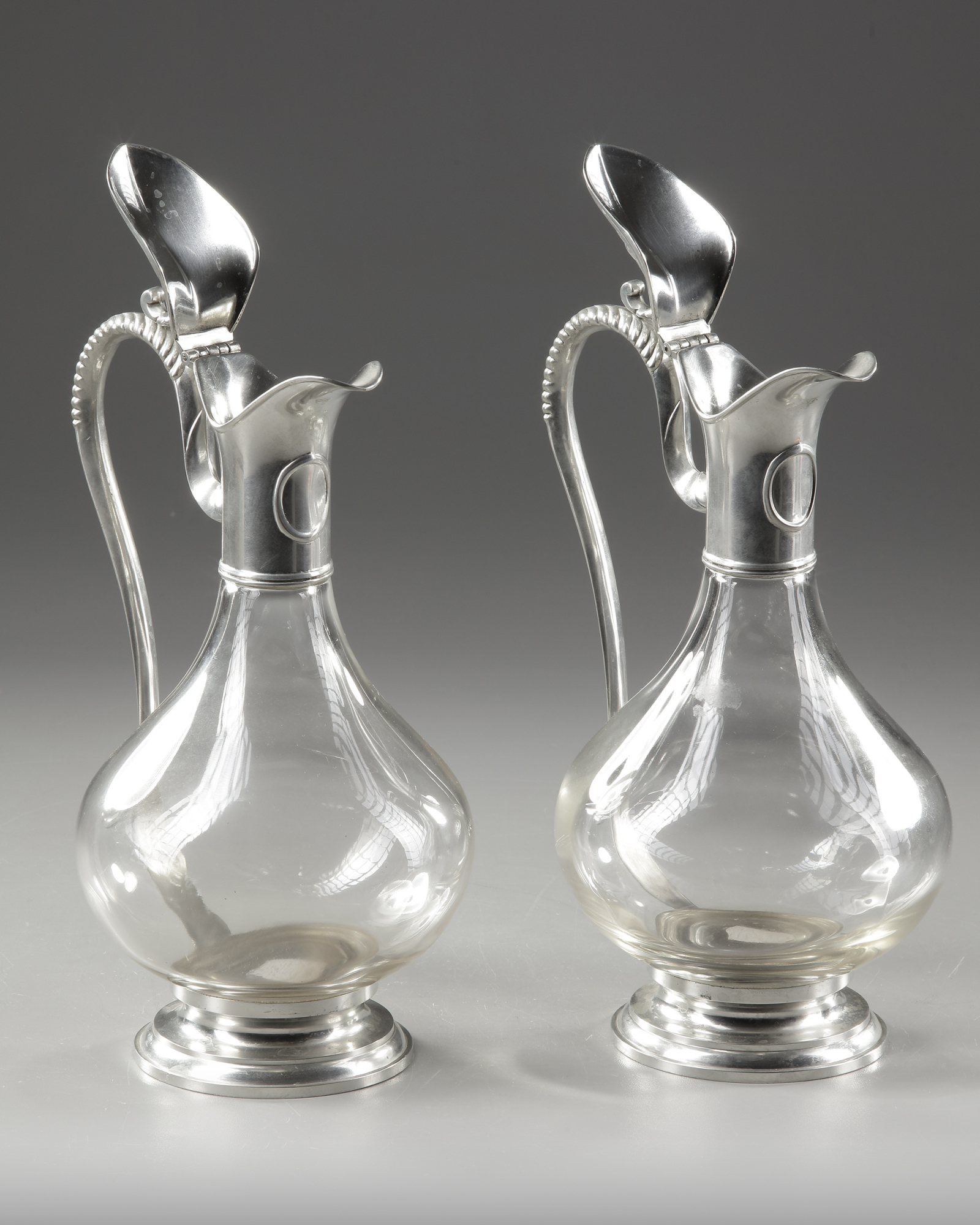 A PAIR OF CRYSTAL AND SILVER METAL EWERS, LATE 19TH CENTURY - Image 3 of 3