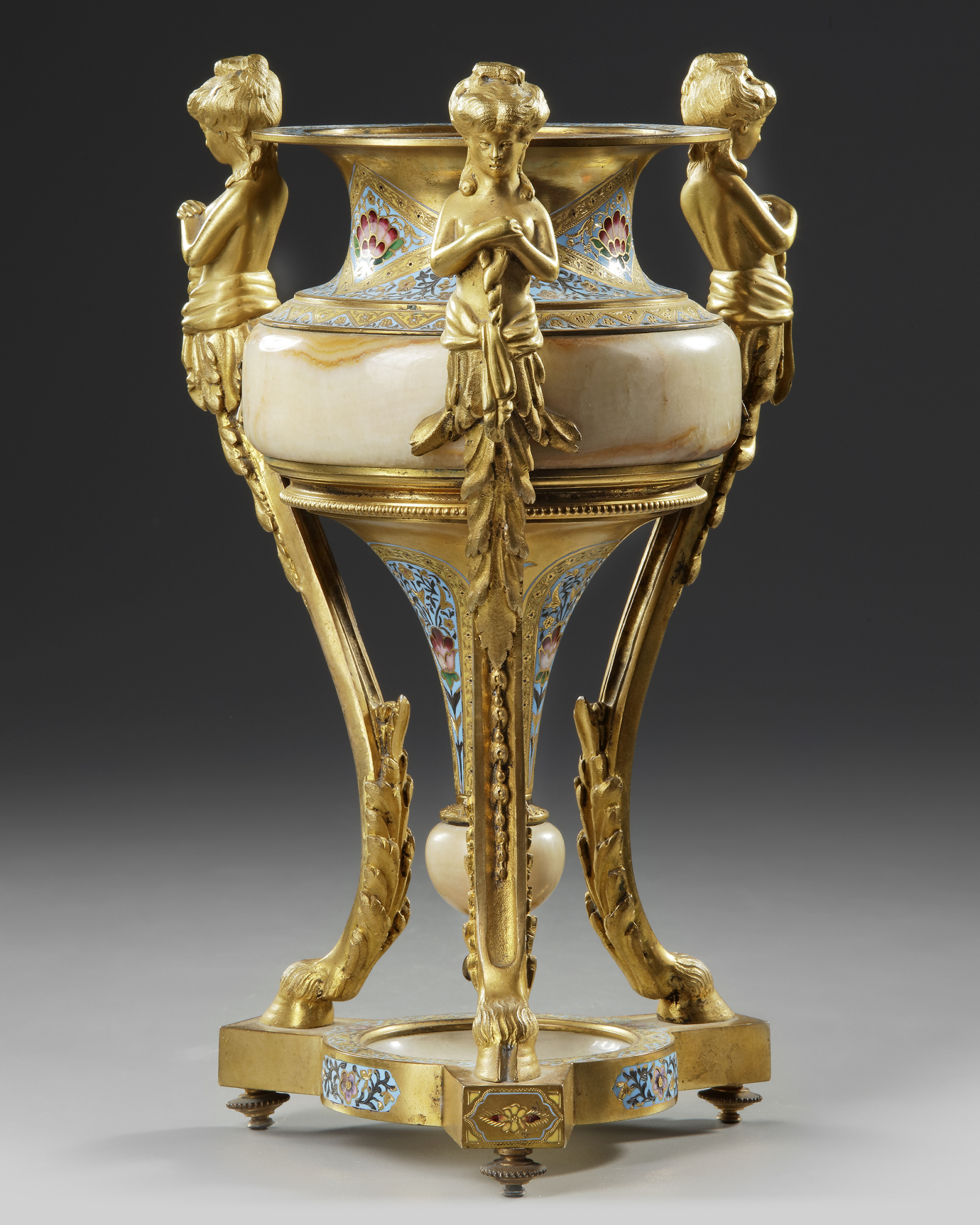 A BRONZE STANDING CUP, 19TH CENTURY - Image 2 of 3