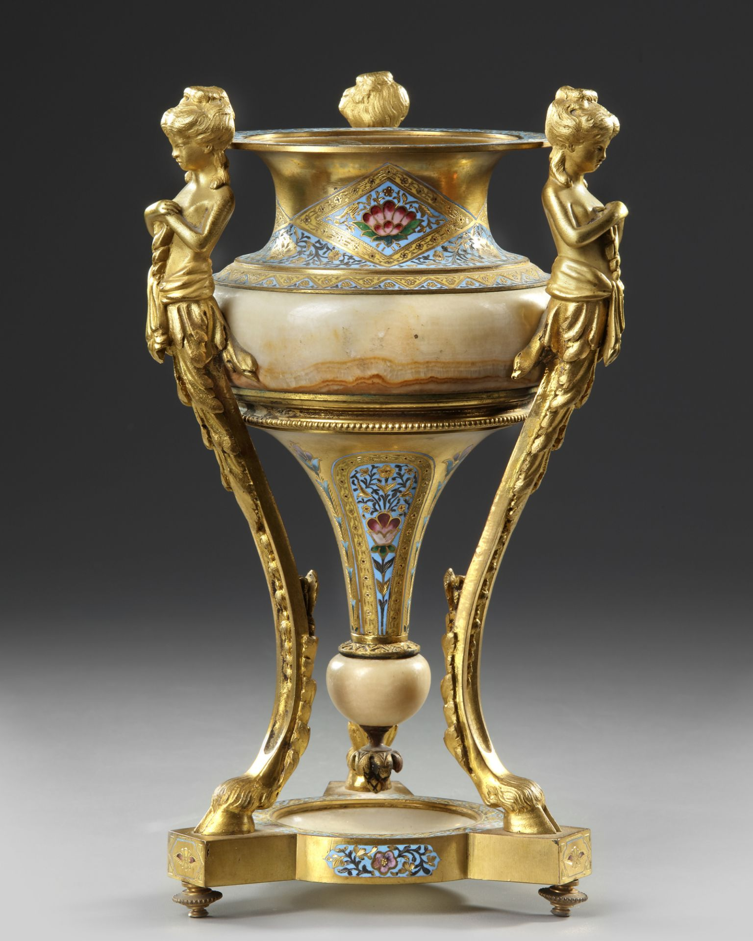 A BRONZE STANDING CUP, 19TH CENTURY