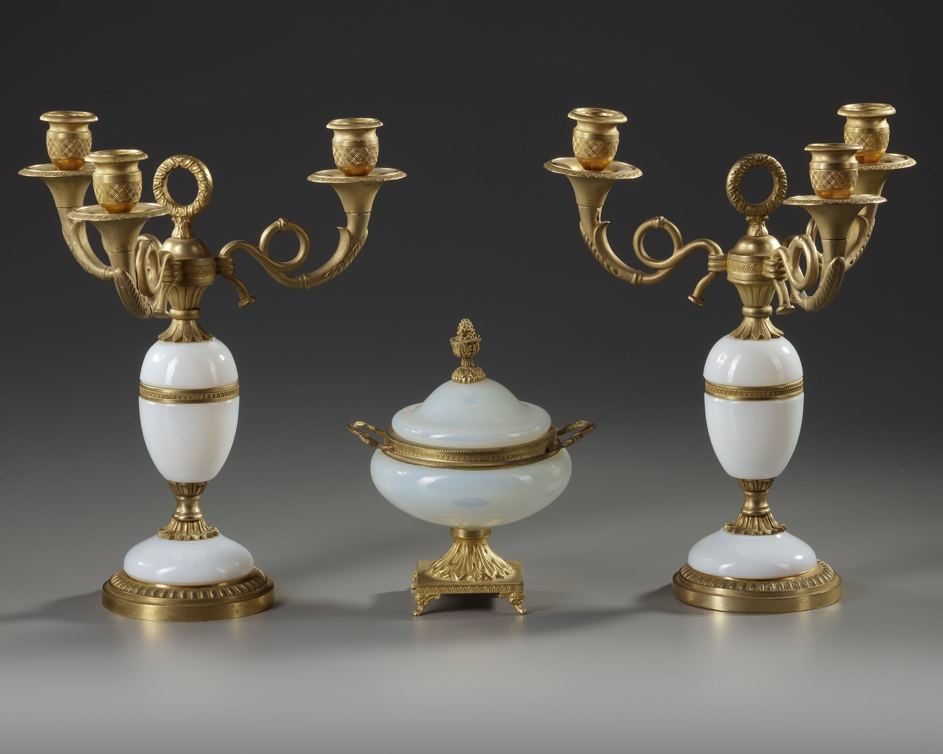 A WHITE OPALINE AND ORMOLU SET, CHARLES X, 19TH CENTURY