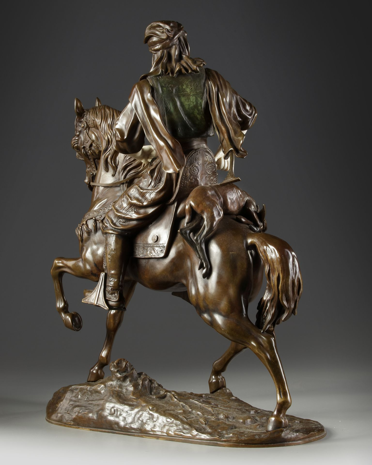 A SUPERB BRONZE SCULPTURE BY ALFRED BARYE AND EMILE GUILLEMIN, 19TH CENTURY - Image 4 of 7