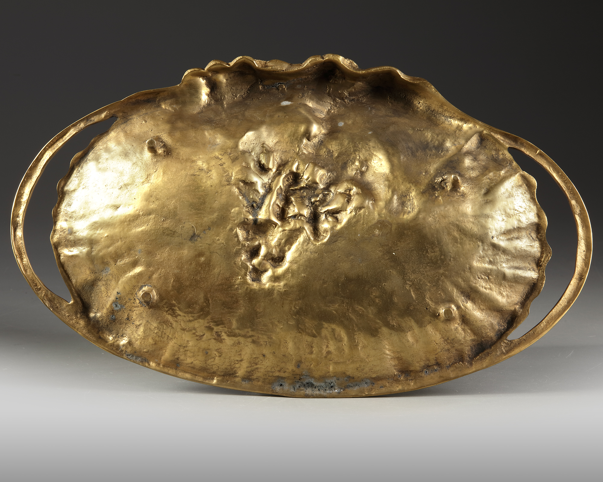 A FRENCH GILT BRONZE 'VIDE POCHE', CIRCA 1900 - Image 3 of 3