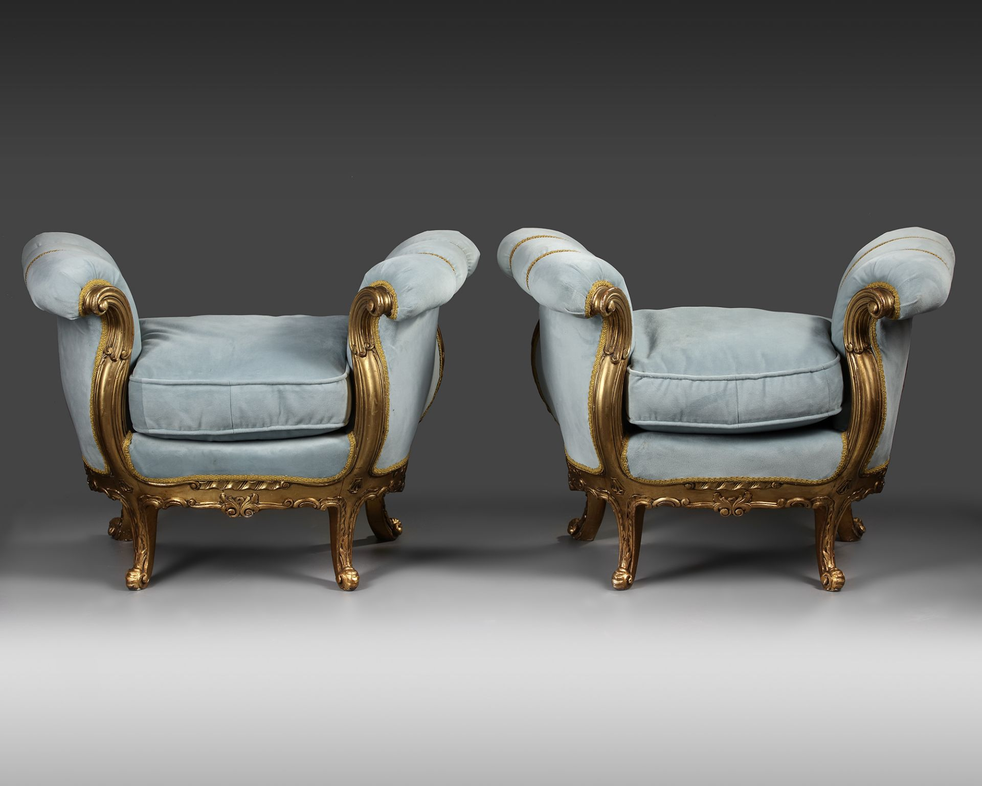 A PAIR OF FRENCH LOUIS XV STYLE GILT WOOD POUFS, LATE 19TH CENTURY - Image 4 of 5