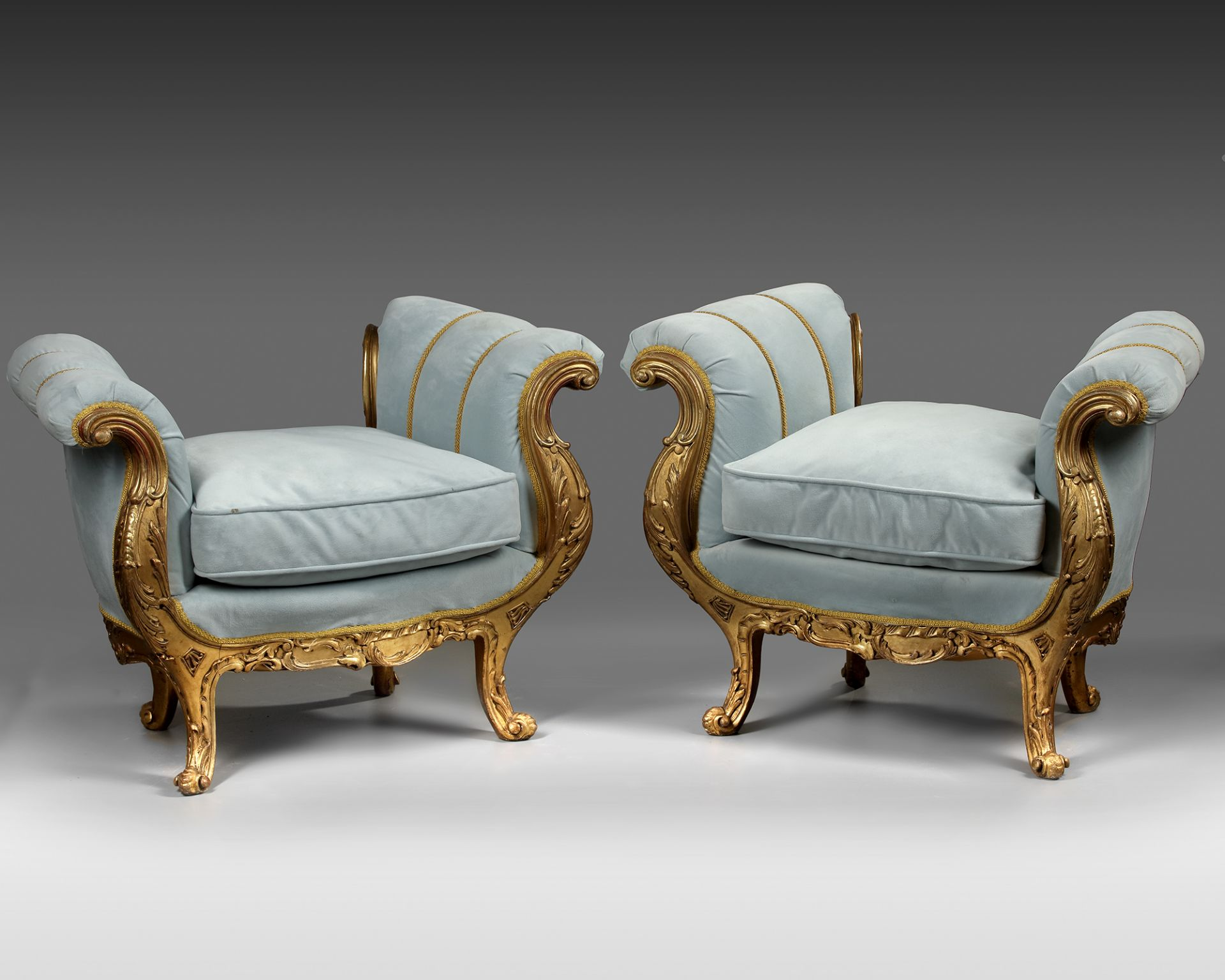 A PAIR OF FRENCH LOUIS XV STYLE GILT WOOD POUFS, LATE 19TH CENTURY - Image 5 of 5
