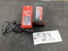 """Milwaukee 1/4"""" Impact Driver w/charger and battery 18v"""
