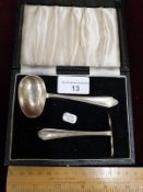 1940s Birmingham Silver Babys Feeding Spoon And Push in Original Fitted Box.