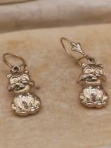 Pair of 9ct gold cat earrings.