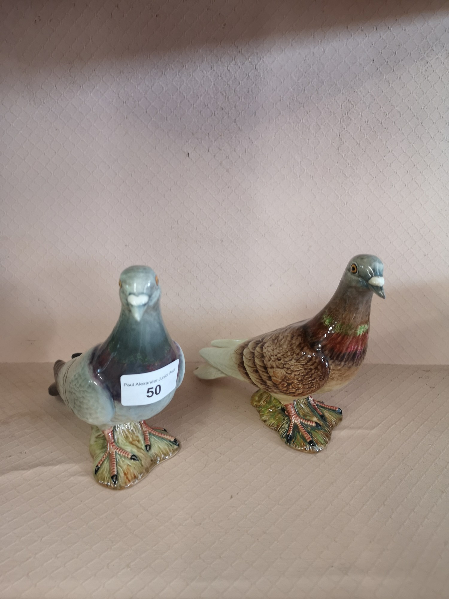 2 Beswick pigeon figure. 1 af.