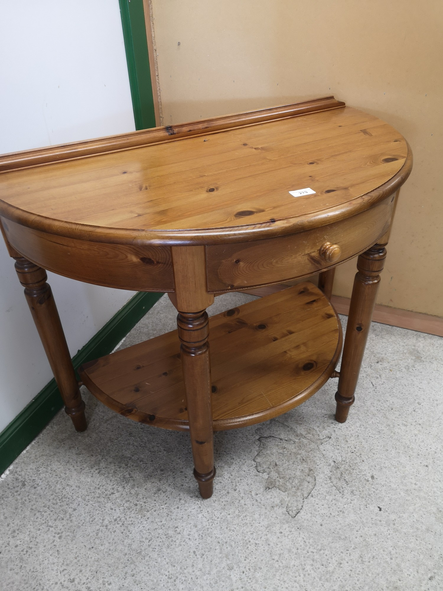 Pine ducal 1 drawer Hall moon console table. - Image 2 of 2