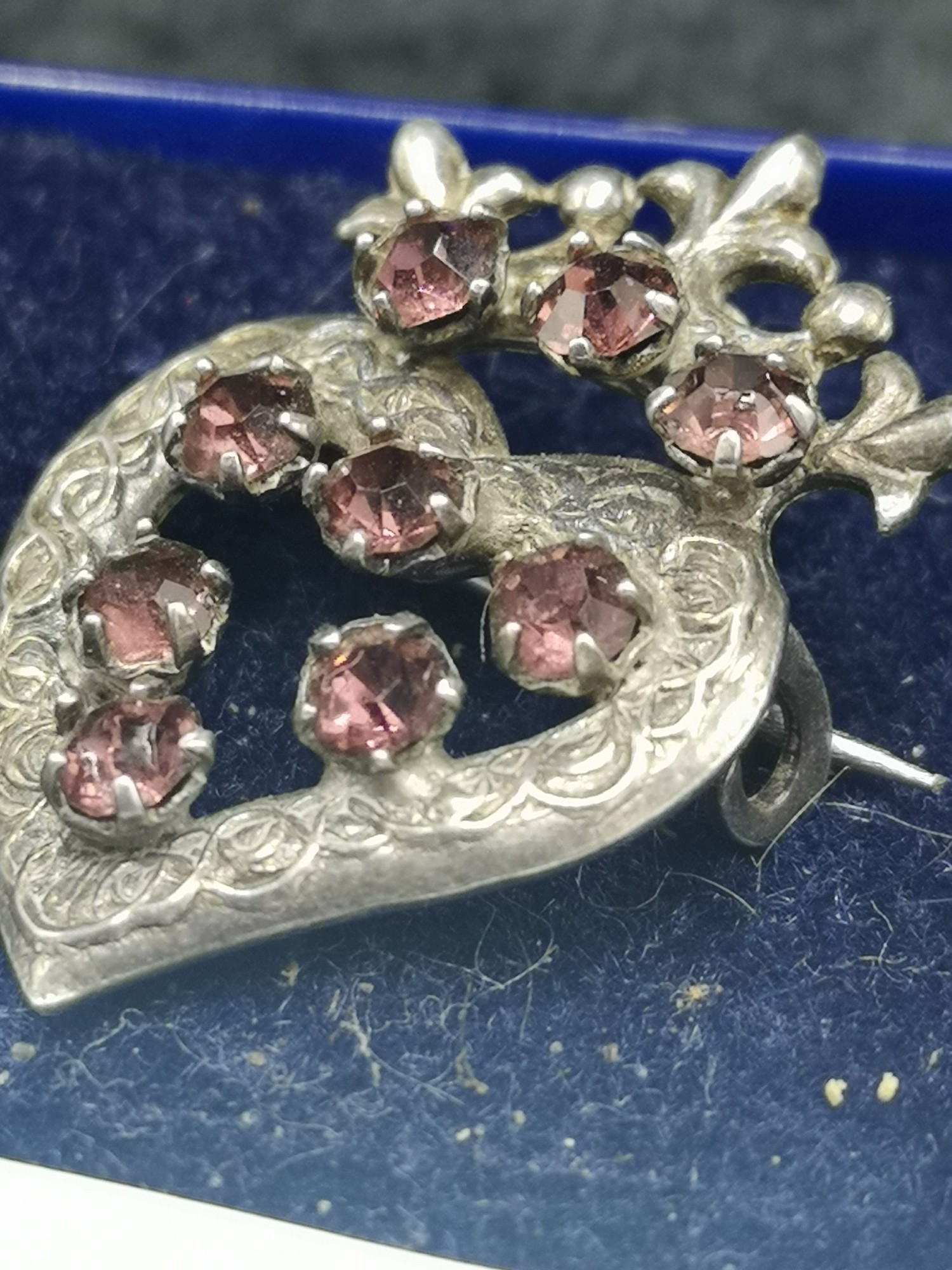 Silver Luckenbooth Brooch With Pink Stones makers wbs. - Image 2 of 3