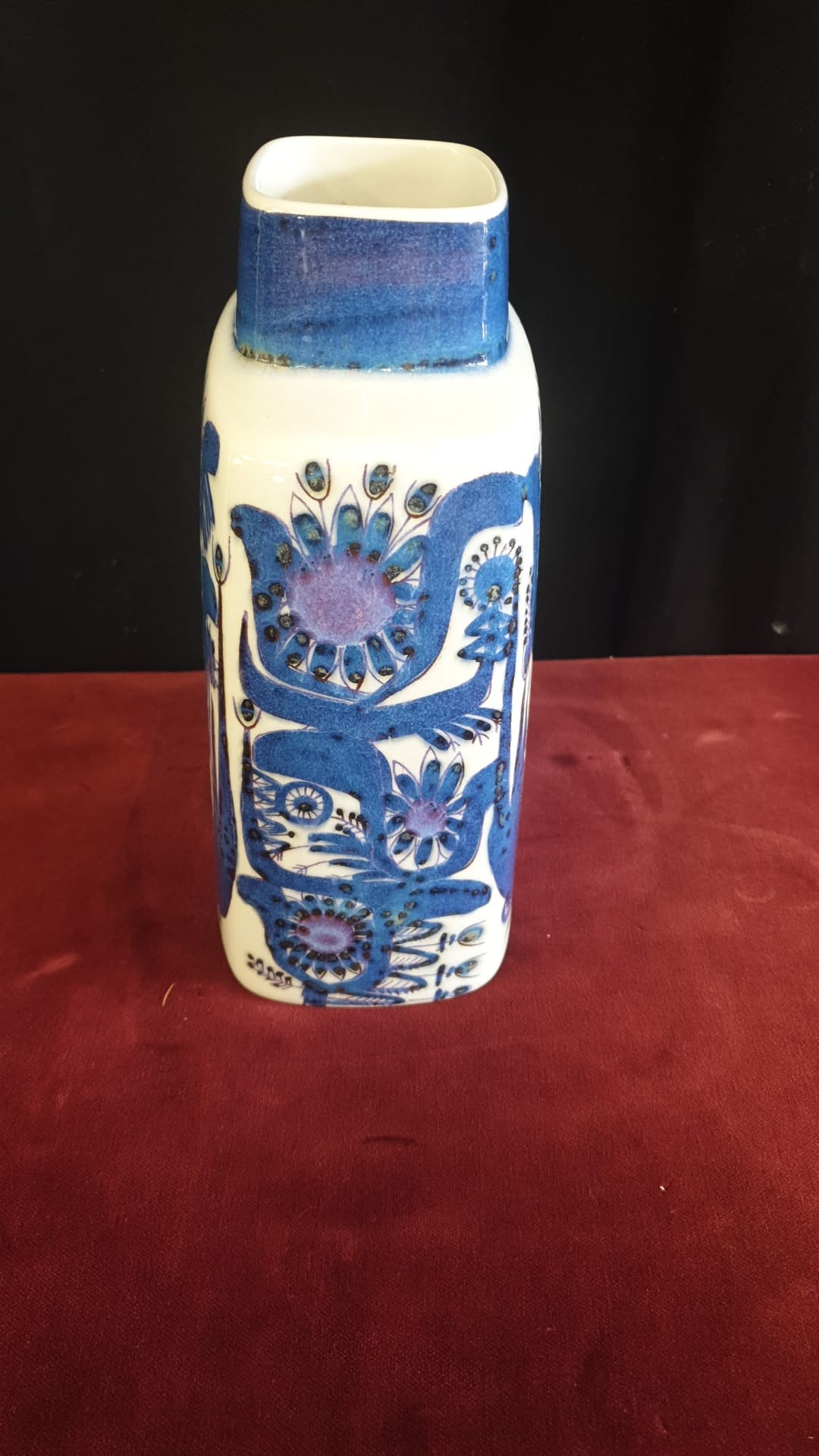 Rare Retro Royal Copenhagen Vase Fajance Pattern Signed By Artist 19 cm Tall Very Good Condition - Image 3 of 4