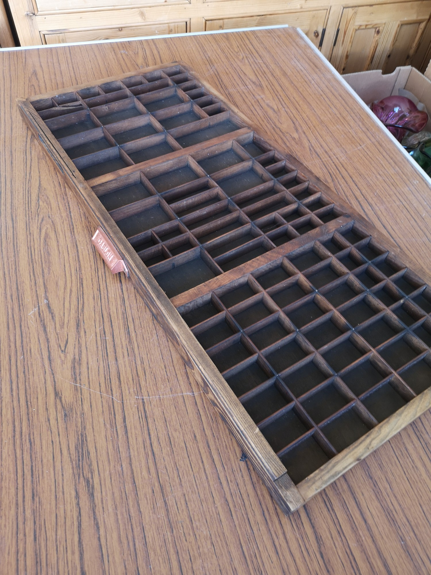 Vintage adana print block / paint tool together with print block drawer etc. - Image 4 of 4