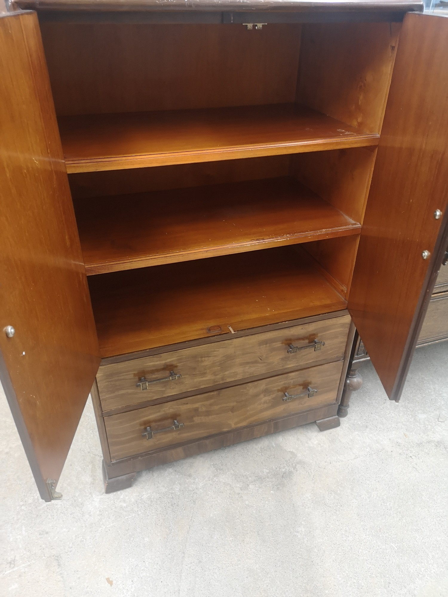 1940s 50s 2 door tall boy with fitted interior. - Image 2 of 2
