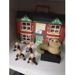 Wallace and gromit house with figures.