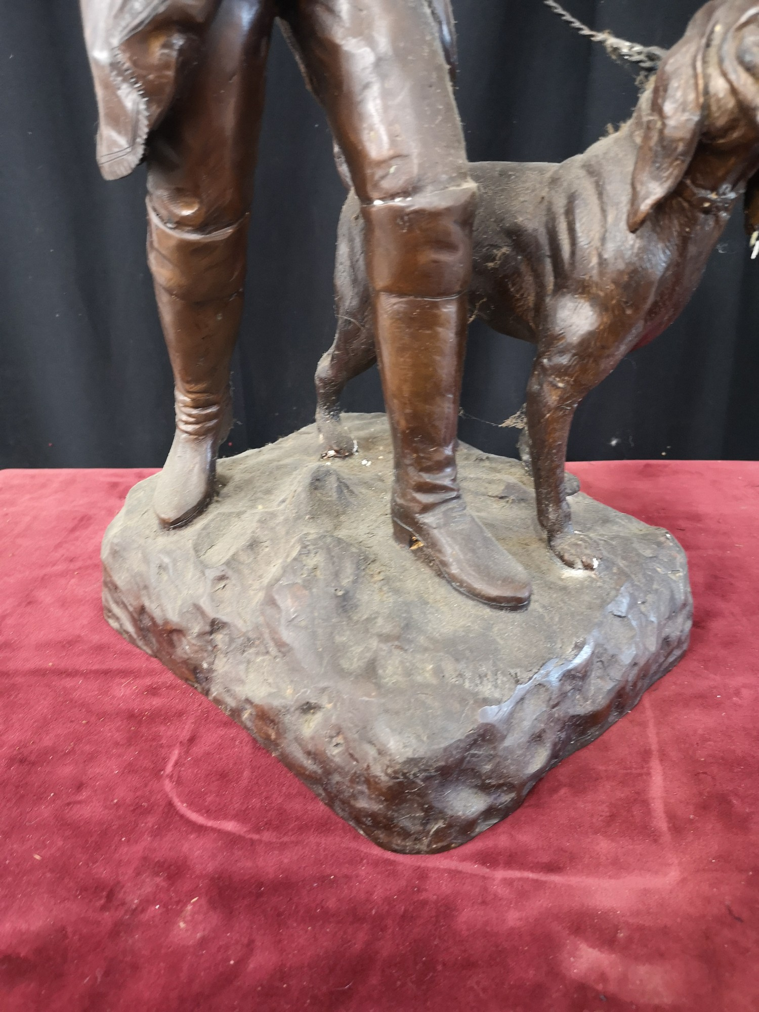 Large heavy 1900s Bronze study of soldier dog Figure 23.5 inches in height. Weighs 14kg. - Image 2 of 5