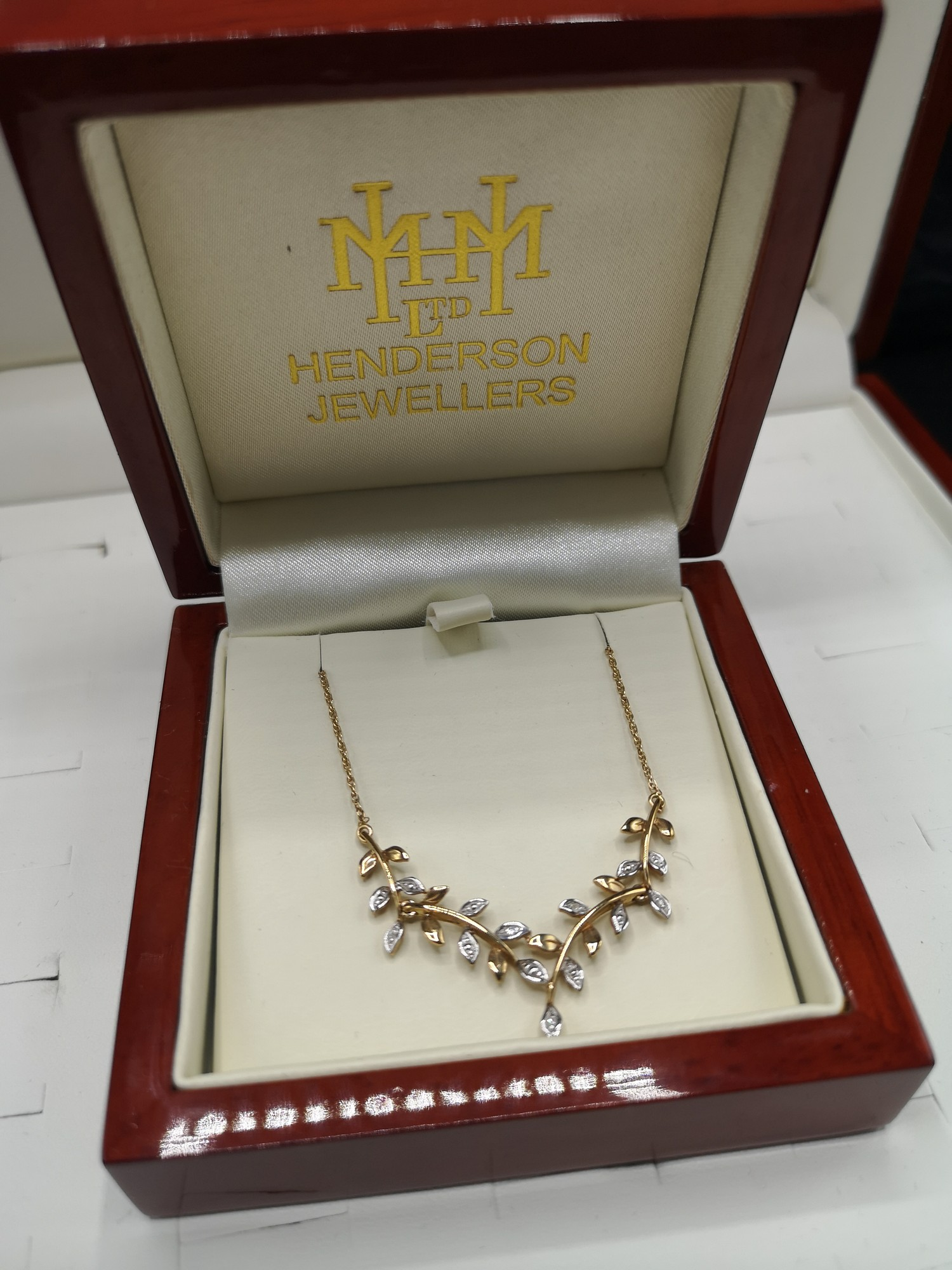 9ct gold necklace set with diamond chip . Tested as diamond s. - Image 2 of 2