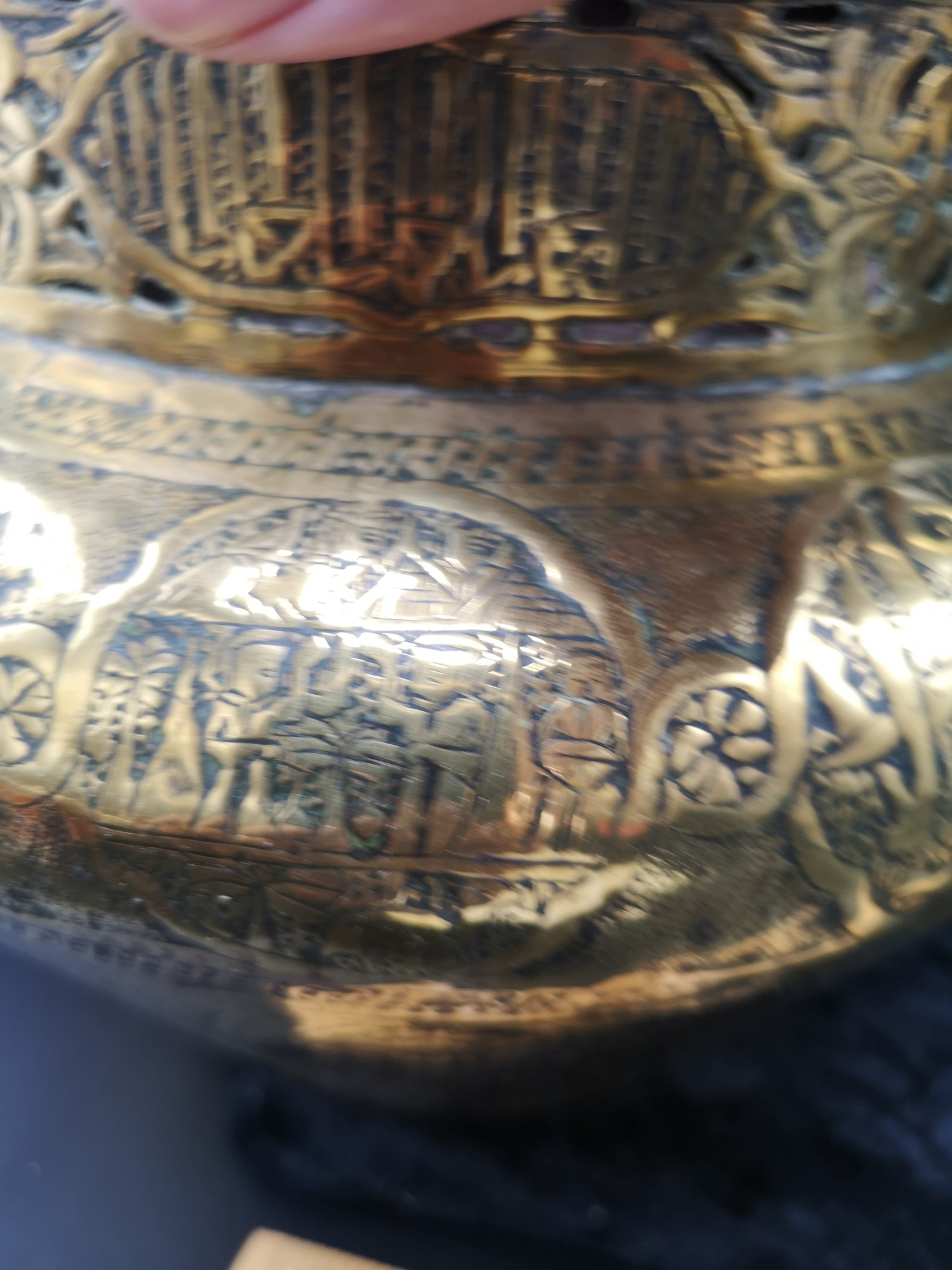 Large Arabic brass planter 8.5 inches in height together with large heavy ornate eastern tea pot - Image 5 of 10