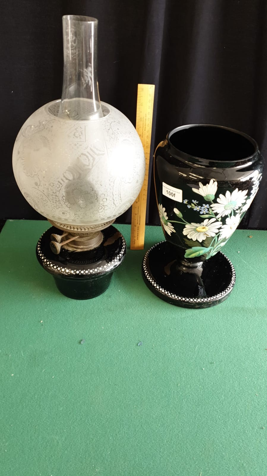Large Victorian Oil Lamp With Hand Painted Floral Display With Lift Out Top 64cms Height - Image 4 of 4