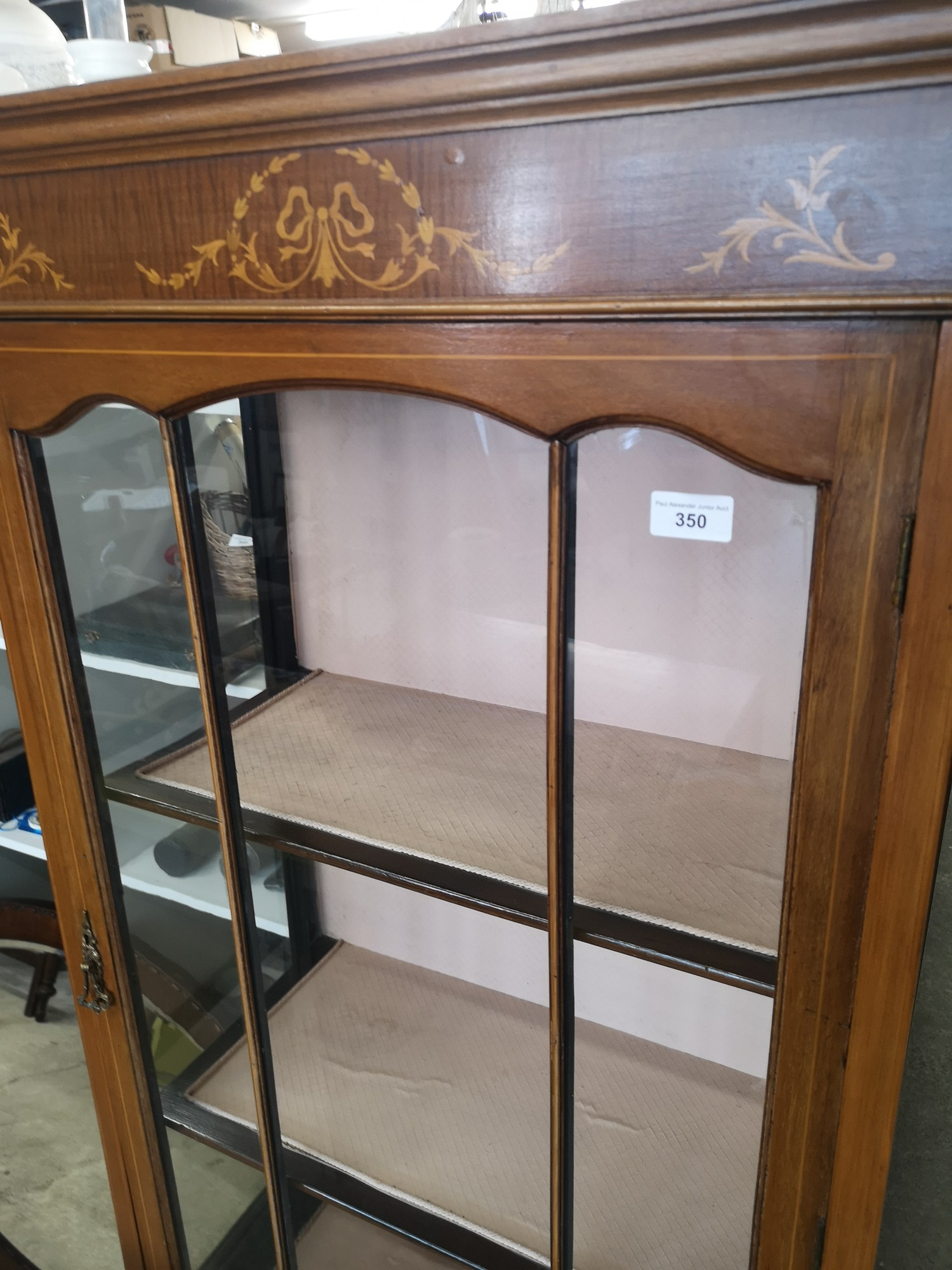 Beautiful Edwardian Inlaid 3 section display cabinet with inlays to top. - Image 4 of 4