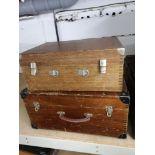2 vintage wooden cases.