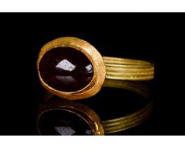 LATE ROMAN GOLD RING WITH GARNET - FULL ANALYSIS