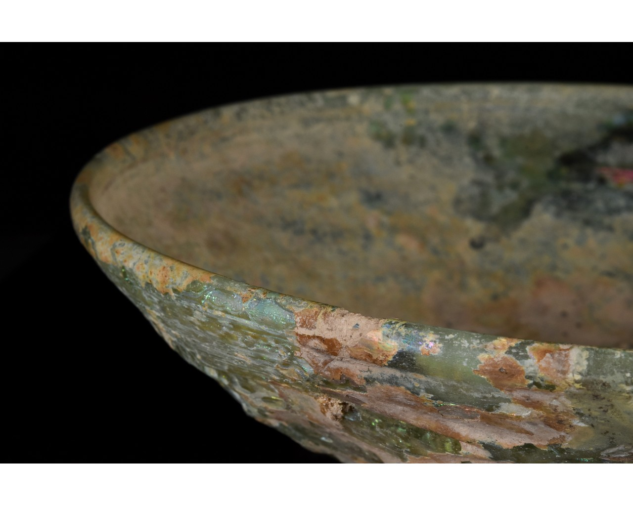 ROMAN GLASS PHIALE WITH FLORAL PATTERN - Image 8 of 15