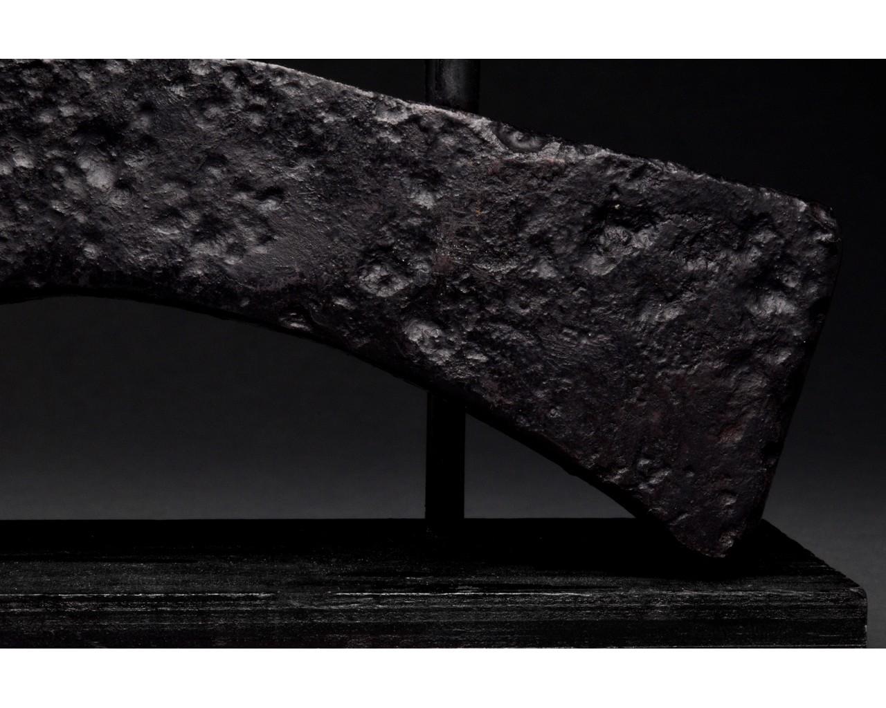 VIKING IRON BATTLE AXE HEAD - Image 6 of 8